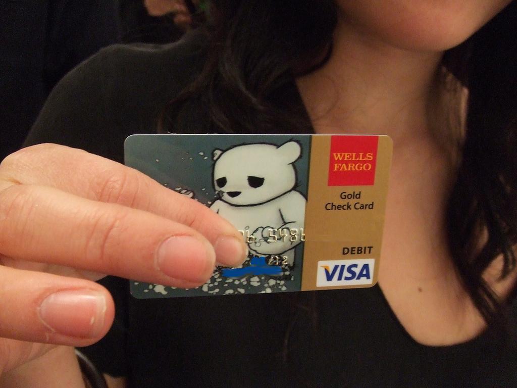 Luke Chueh Credit Card