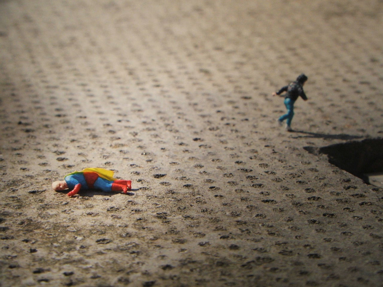 childhood-hero-detail-2