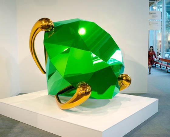 am-jeff-koons-green-diamond-perry