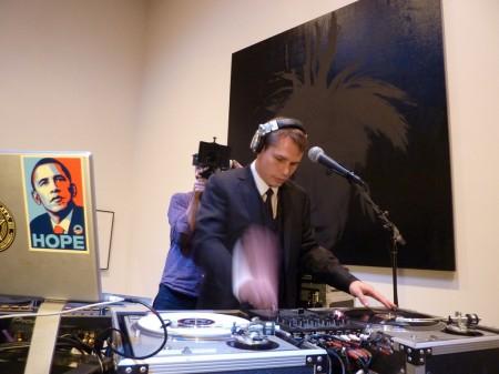 DJ Diebetic dropped it like its hot!