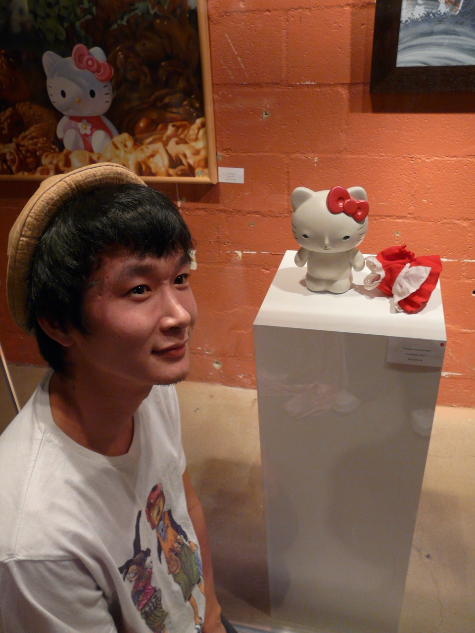 Yoskay Yamamto with his Nekkid HK Sculpture