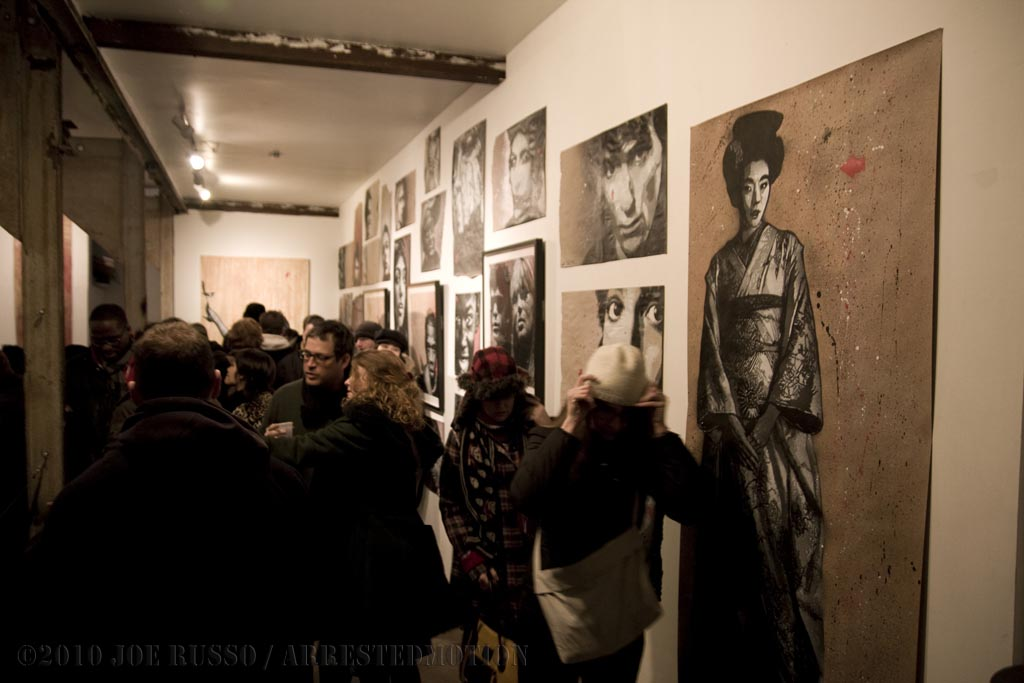 img_5493_crowd_a