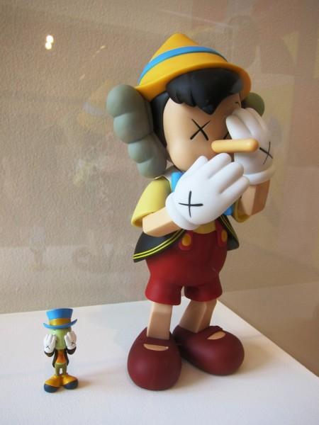 The latest Medicom figure - Pinocchio & Jiminy Cricket... insane!