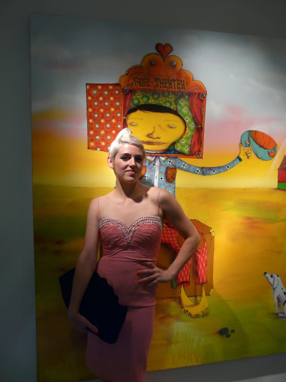 Rosson Crow in front of Os Gemeos painting