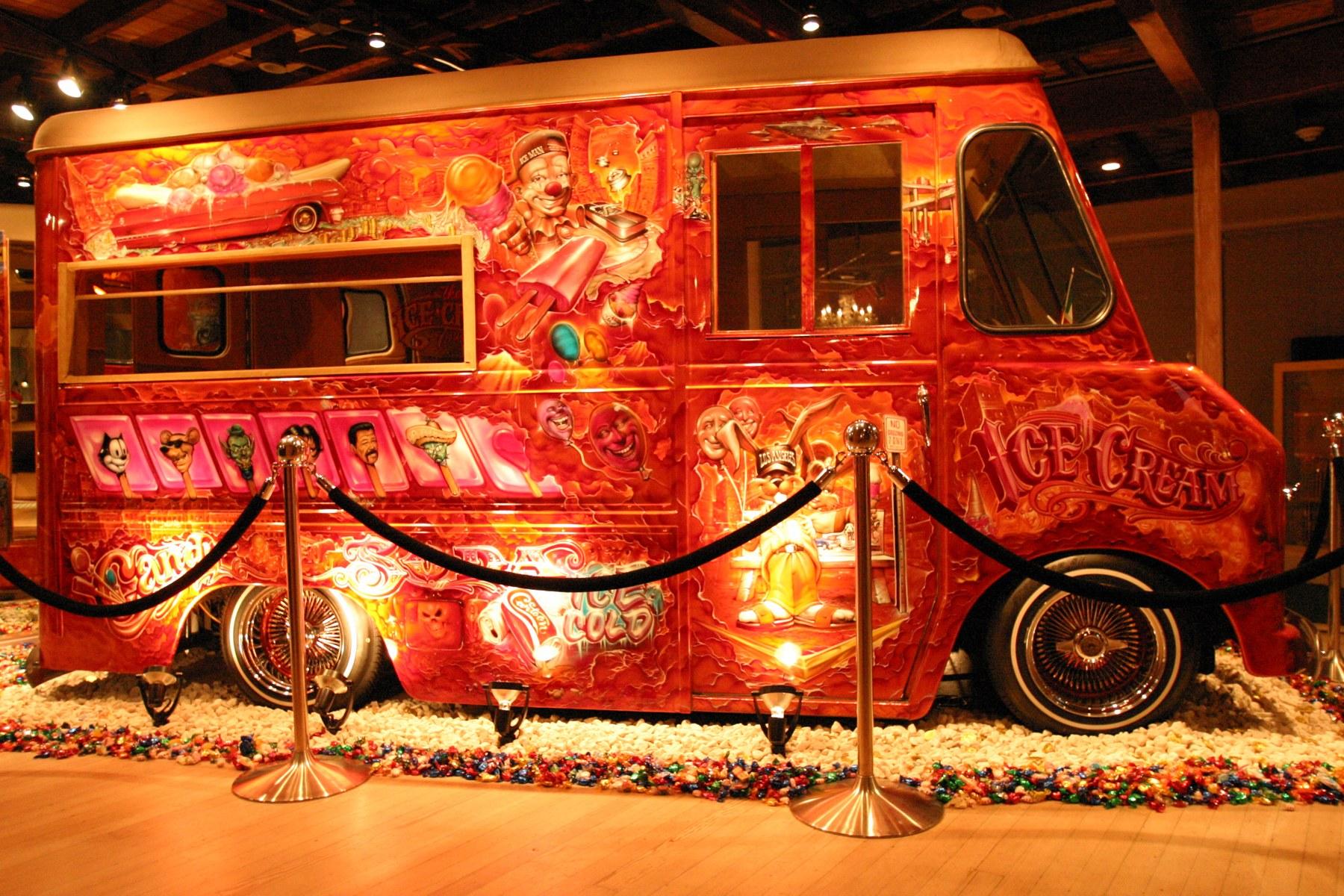 Mister Cartoon Ice Cream Truck, 2004, photo by Eriberto Oriol.