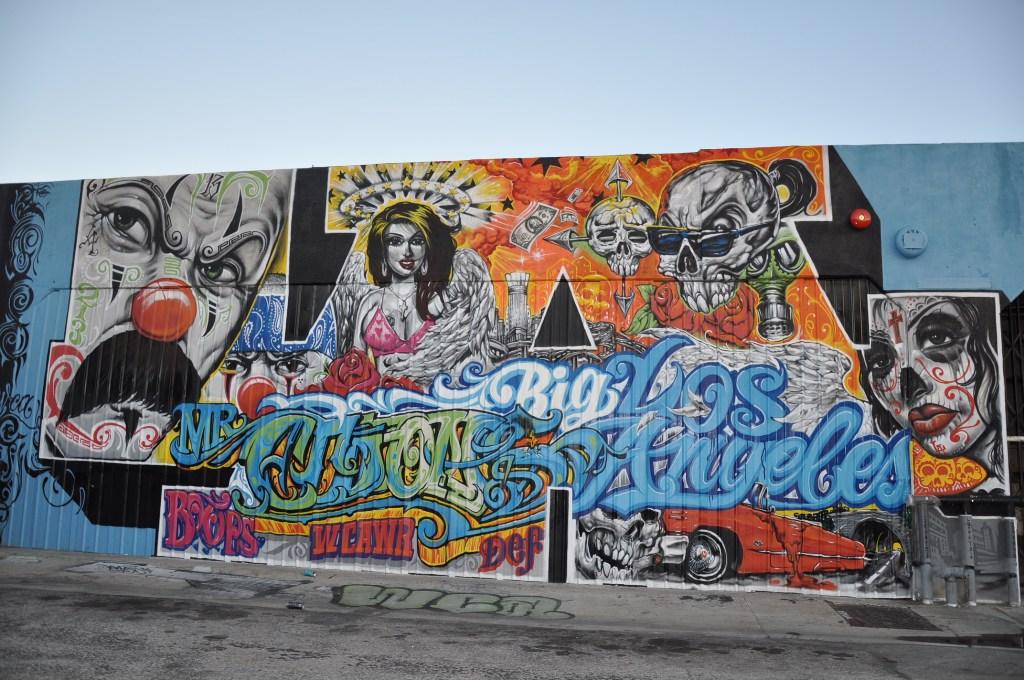 Streets downtown la graffiti mural mini tour arrested for Graffiti mural