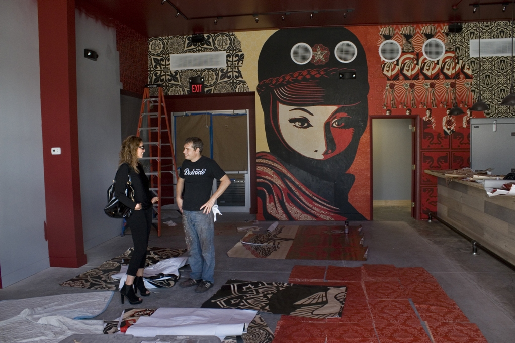 shepard-fairey-and-jessica-goldman-at-faireys-installation-at-wkb