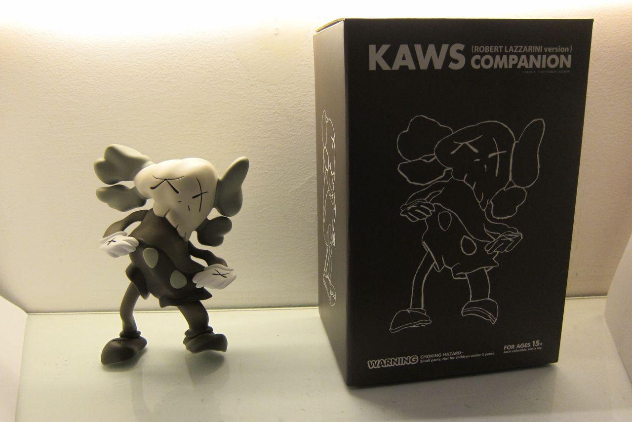 AM KAWS Lazzarini Companion 02