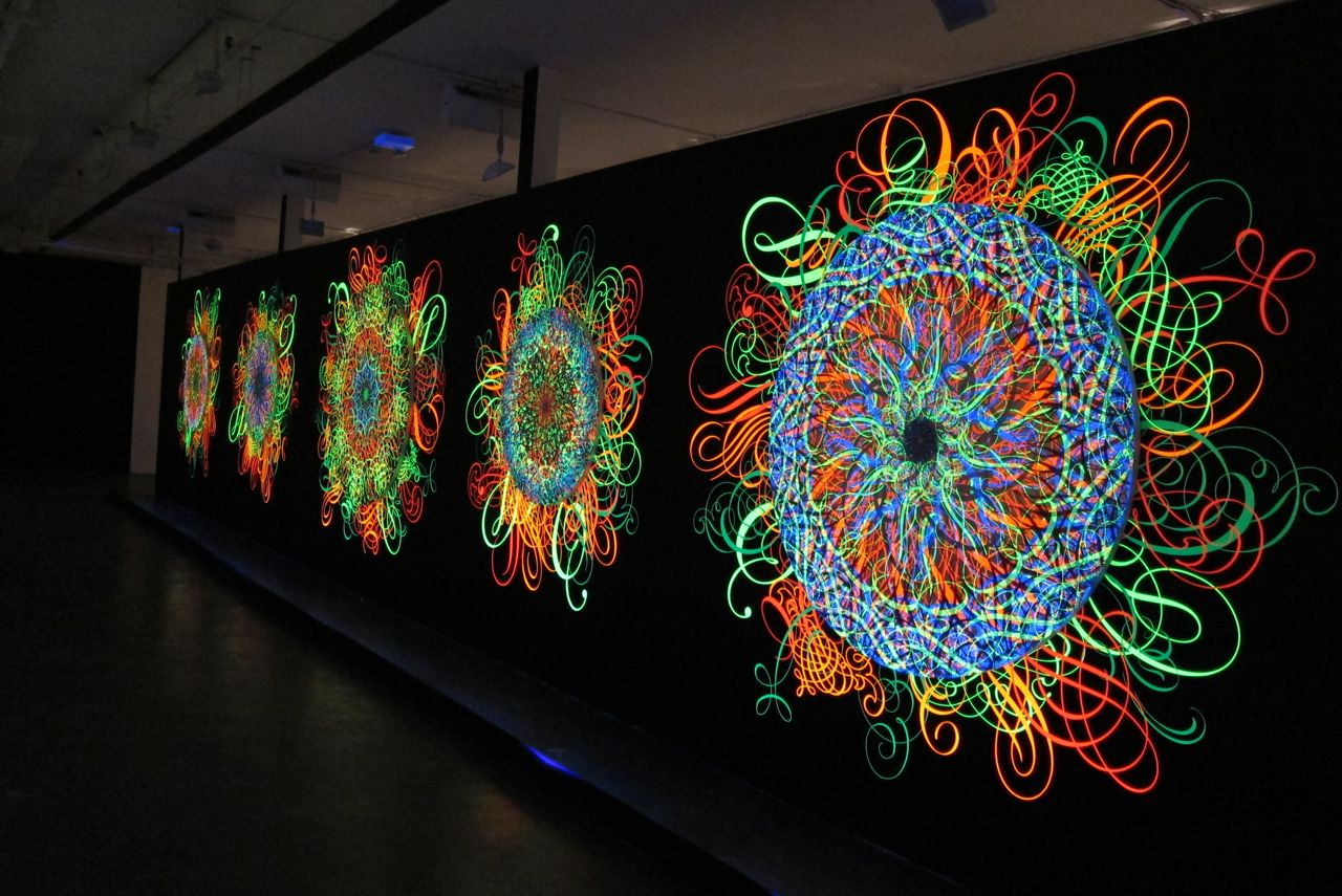 "Indoors: Ryan McGinness – ""Black Holes"" @ Phillips de Pury (NYC ... for Black Light Installation Art  186ref"