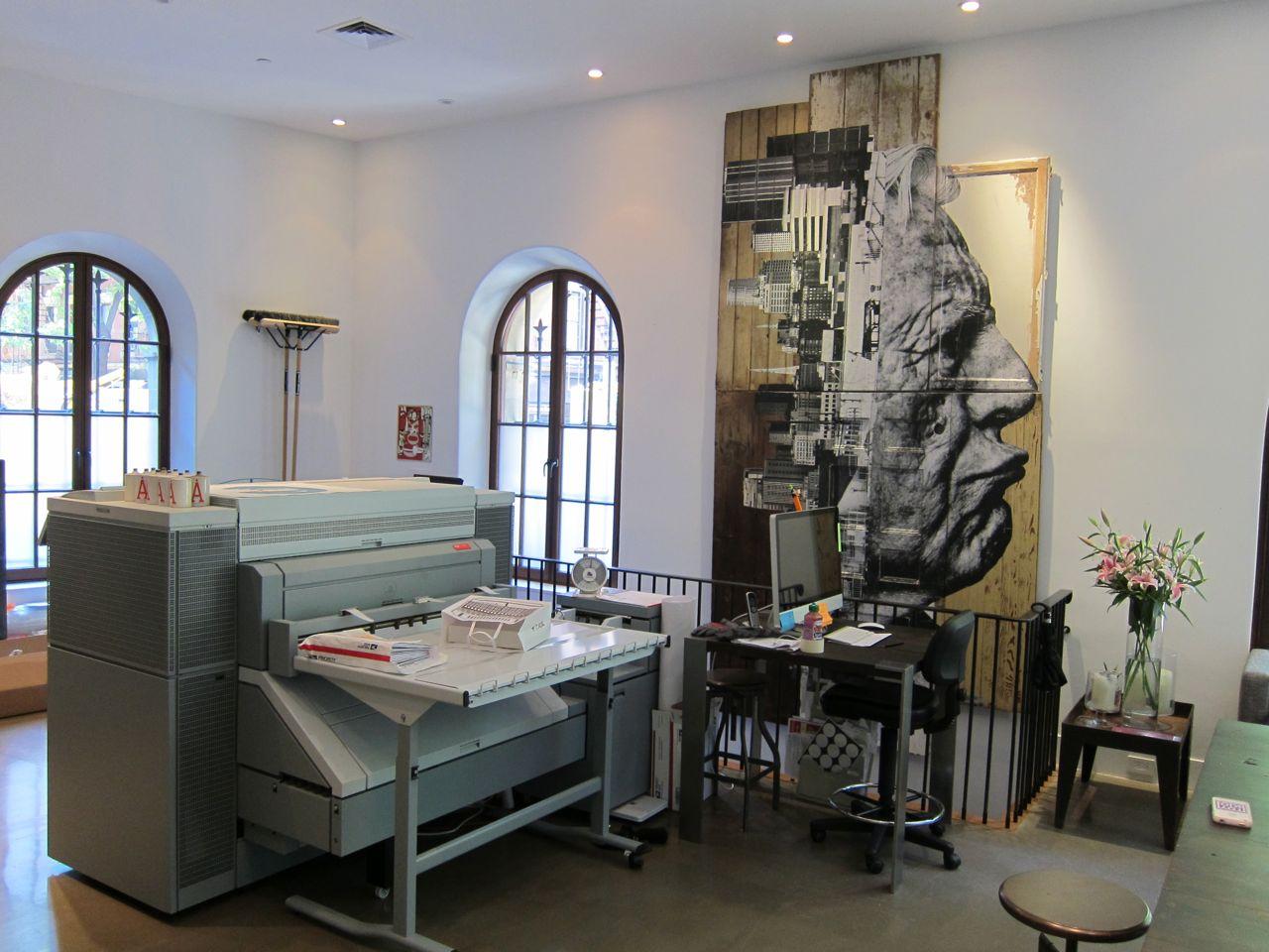 JR Perrotin Studio Visit encrages AM  9