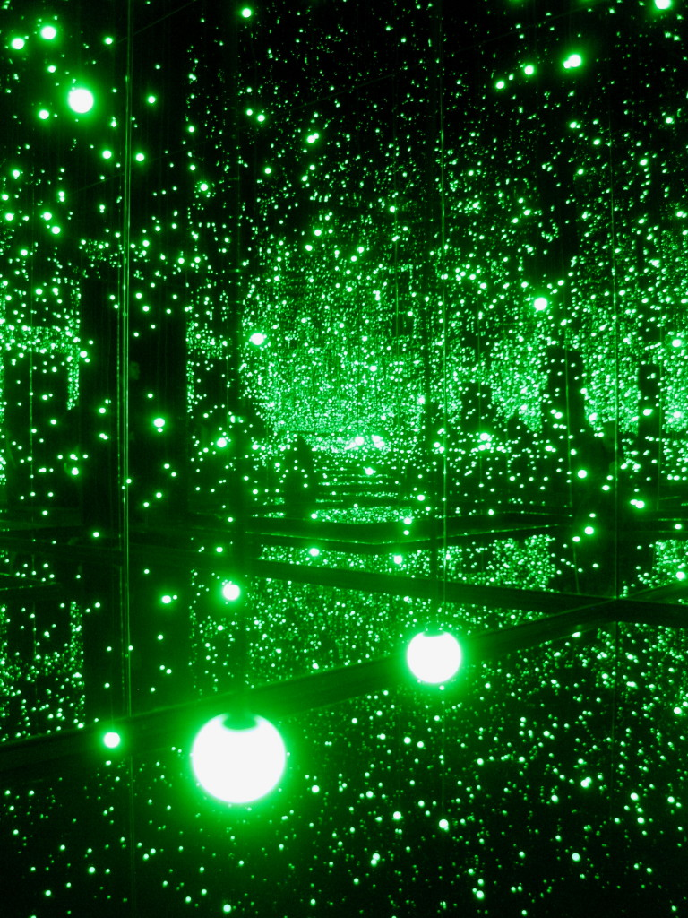 'Infinity Mirrored Room - Filled with the Brilliance of Life'