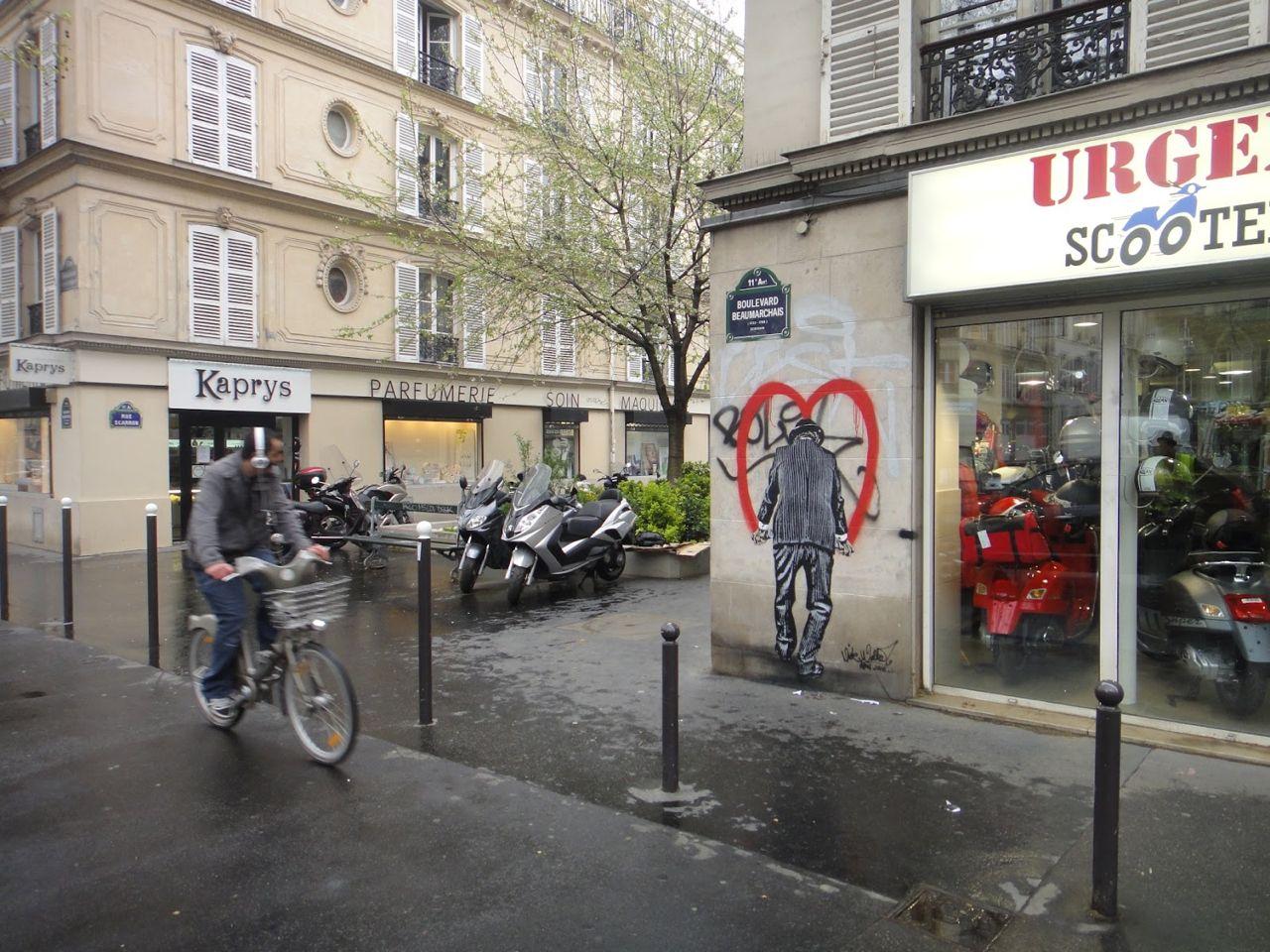 Nick_Walker_Vandal_Heart_Paris_Streetartnews-13