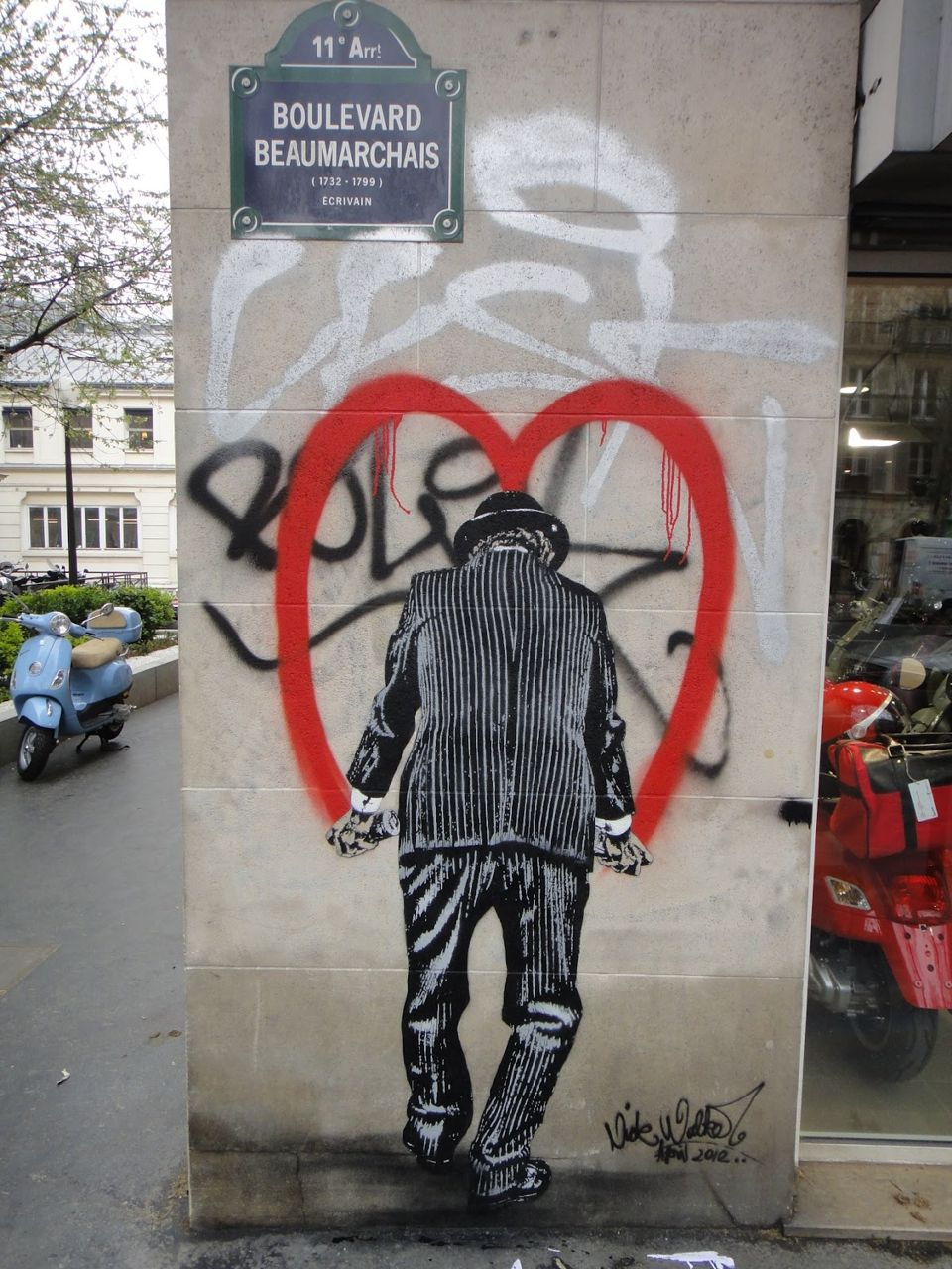 Nick_Walker_Vandal_Heart_Paris_Streetartnews-14