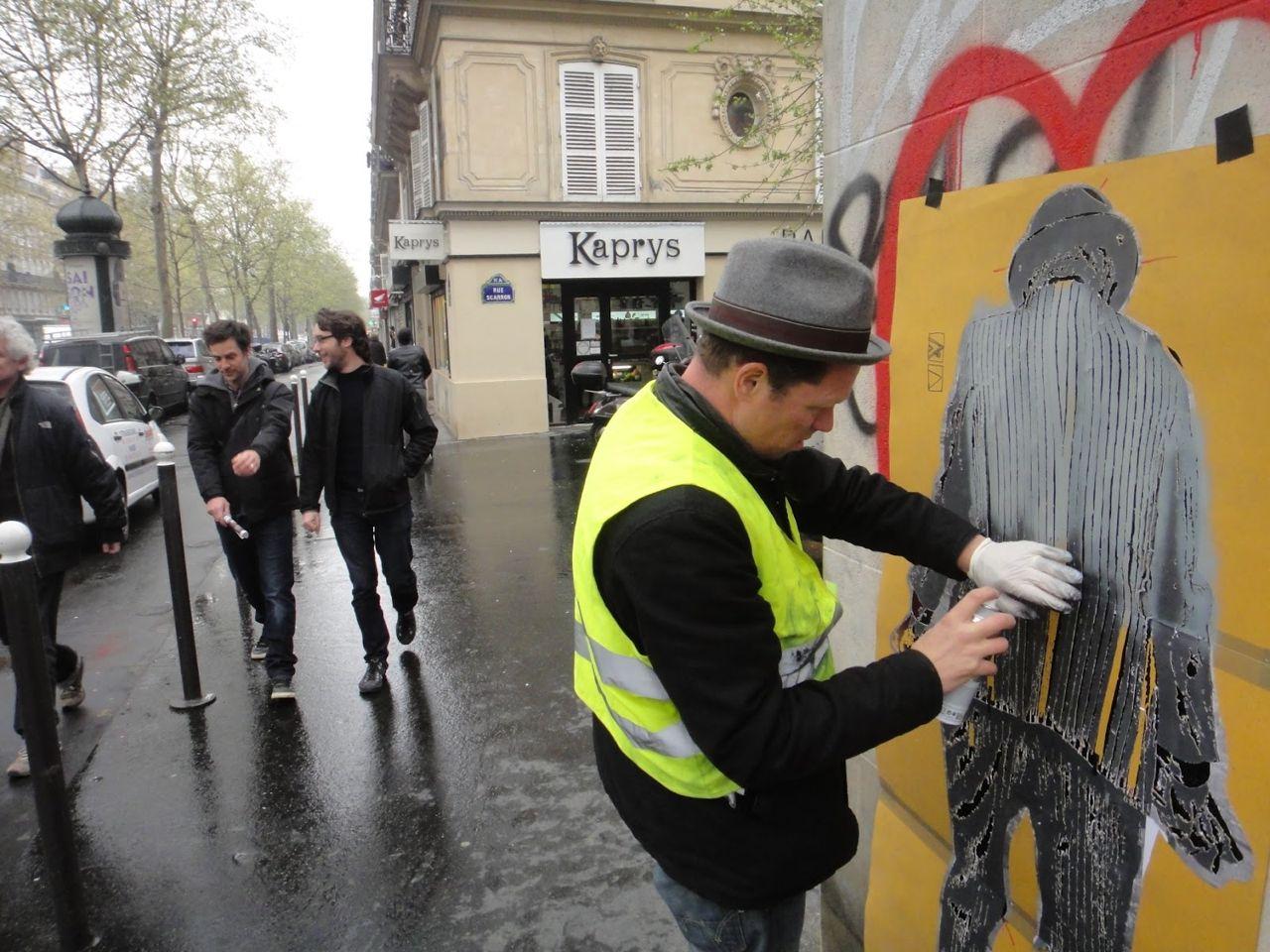 Nick_Walker_Vandal_Heart_Paris_Streetartnews-8