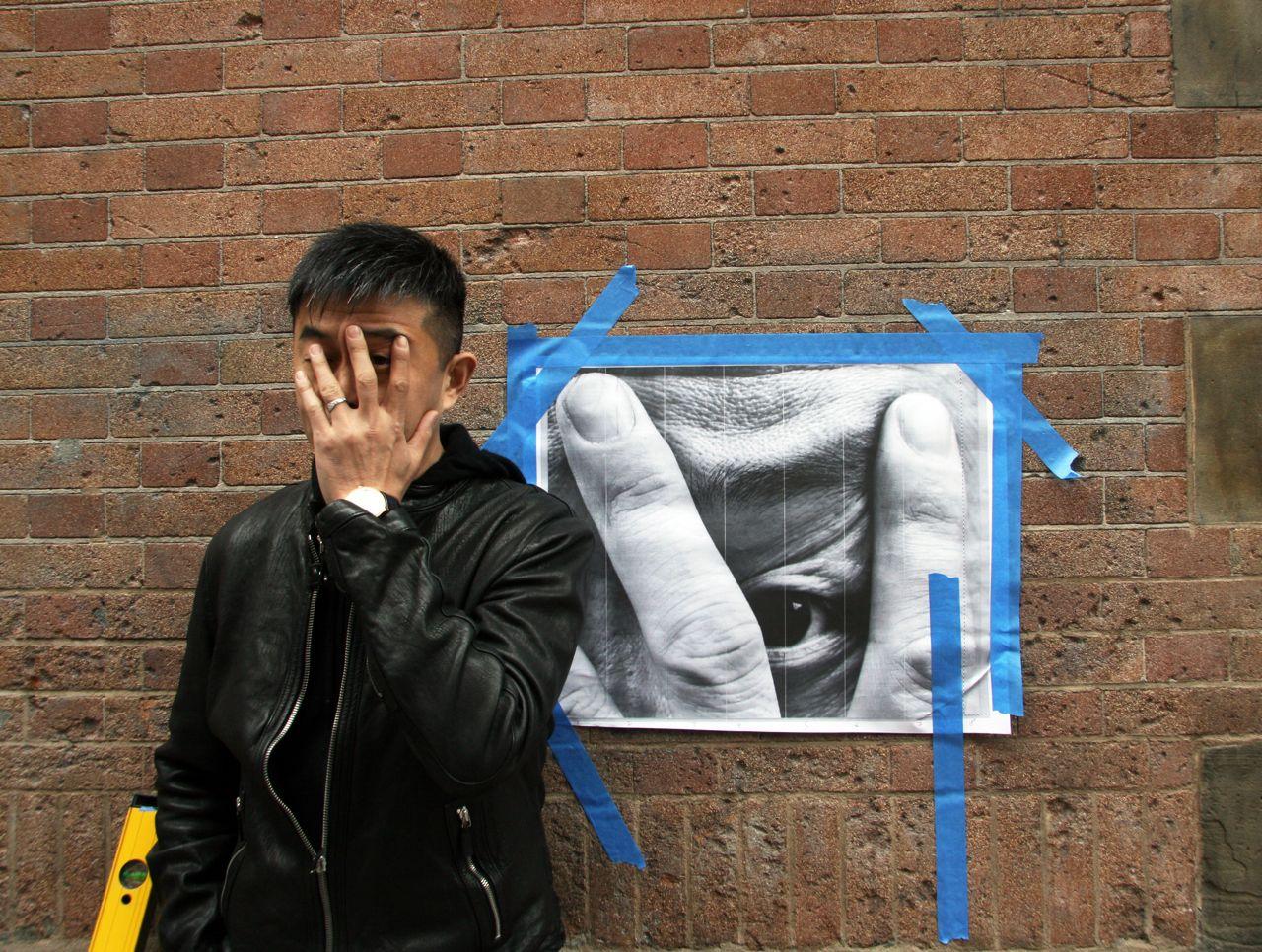 Liu Bolin JR NYC mural AM 02