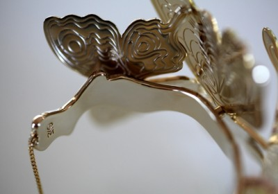 butterfly-bangle-cream-detail3_full