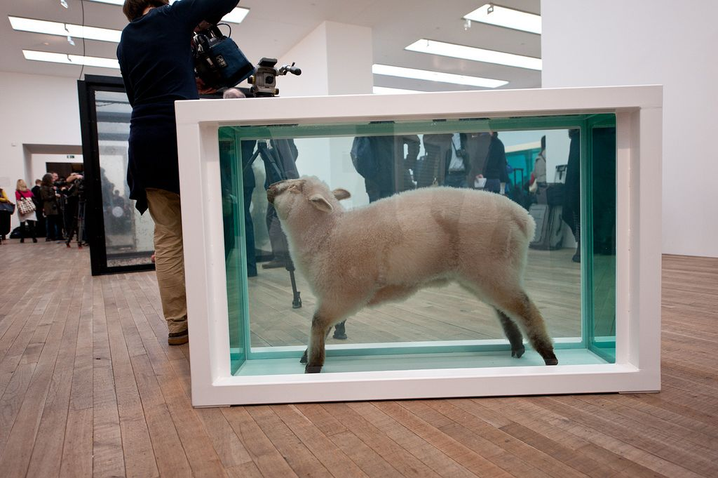 happyfamousartists_hirst_tate - 24