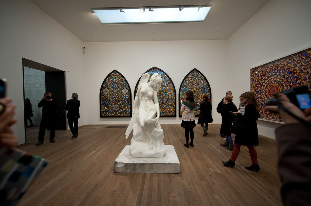 happyfamousartists_hirst_tate - 39