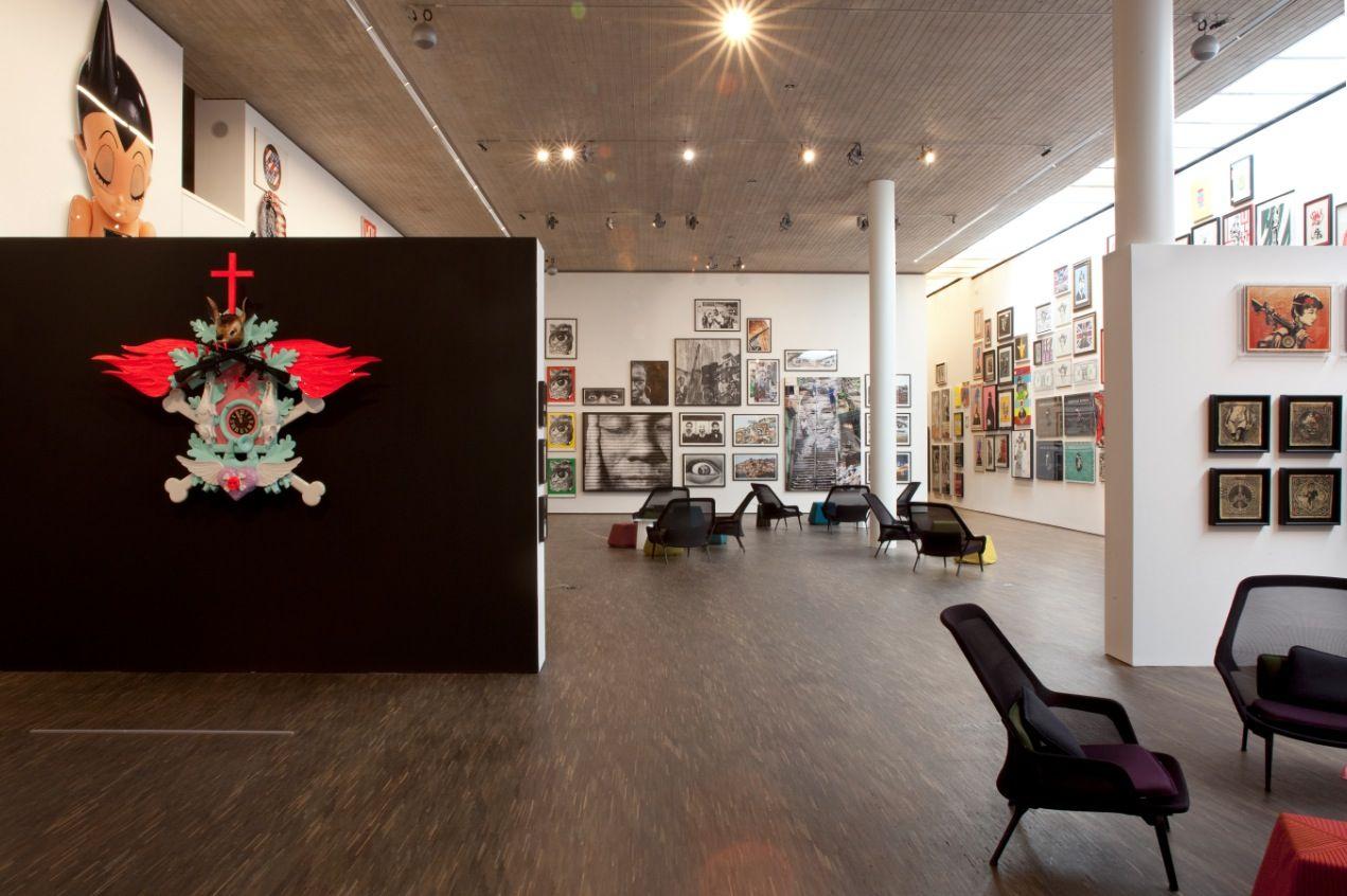 update collection selim varol me collectors room berlin. Black Bedroom Furniture Sets. Home Design Ideas