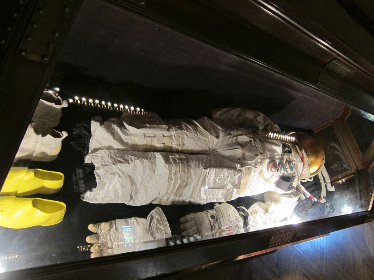 Tom Sachs Space Program Mars AM 01