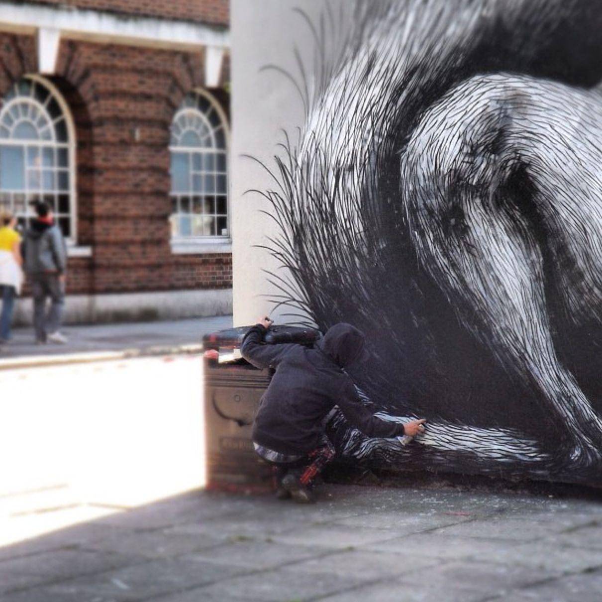 AM_ROA_streetart_maniiakz_bristol - 1