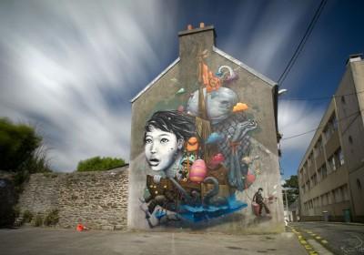 Liliwenn & Bom K (Da Mental Vaporz) in Brest, France for Crimes of Minds.  Photo by Kevin Perro.