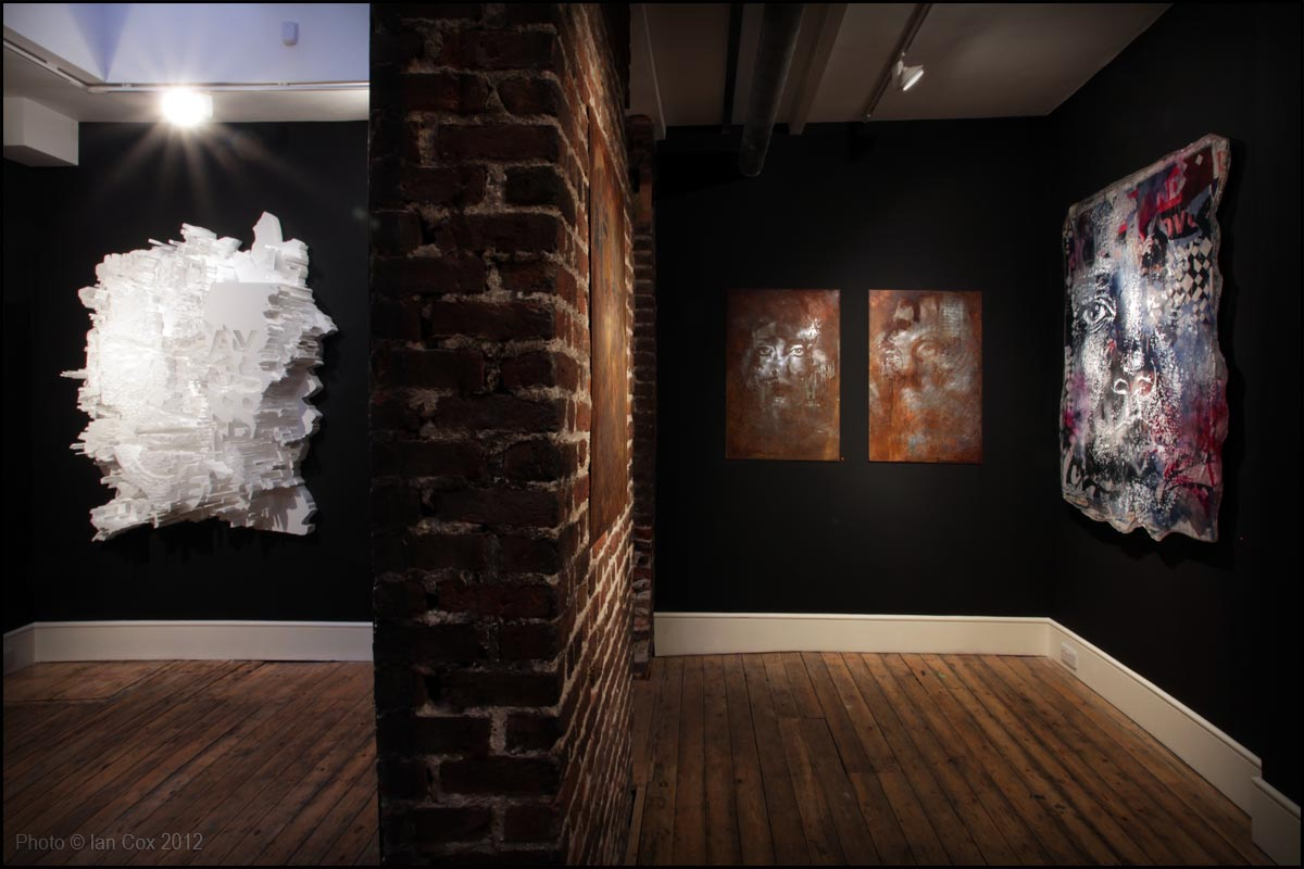 IMG_1971_1200_Artist_Vhils_Show_Devoid_Photo_©_Ian_Cox_2012