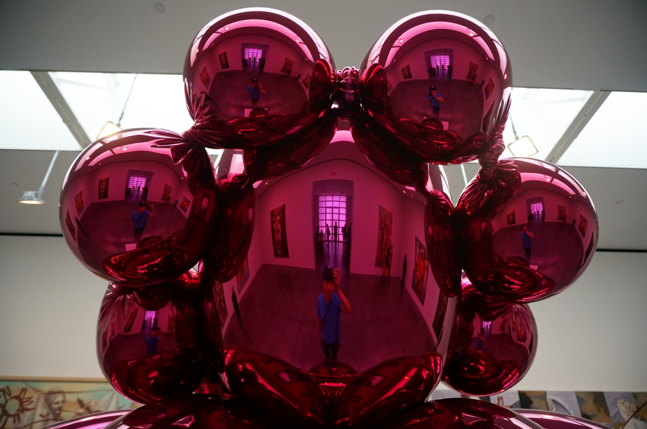 Jeff Koons Gagosian AM 01