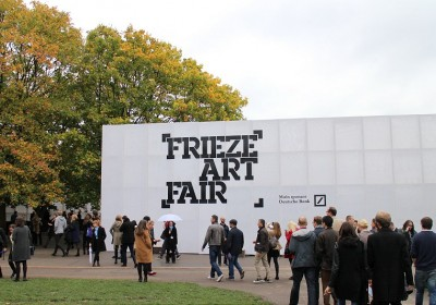 frieze_fair_01
