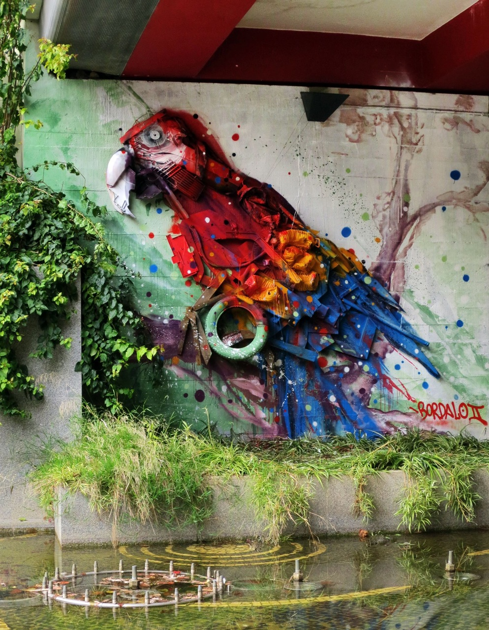 "Bordalo II - ""Arara do bosque de Telheiras"" in Portugal."