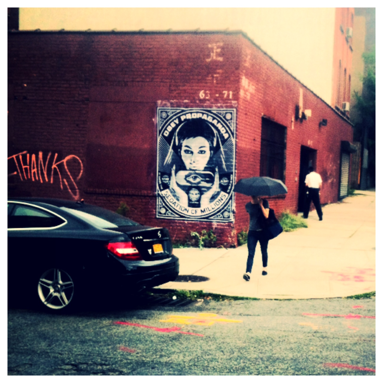 Shepard Fairey NYC streets 13 AM 01