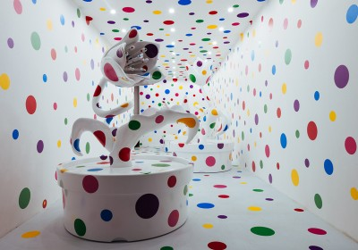 yayoi-kusamas-a-dream-i-dreamed-exhibition-moca-shanghai-2