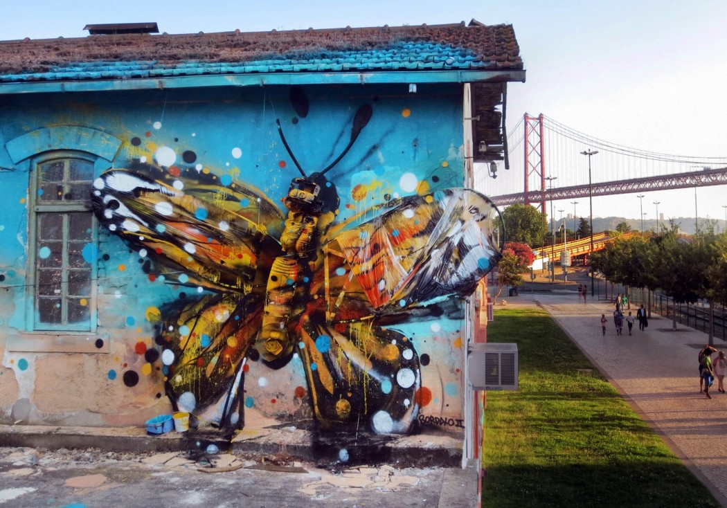 Bordalo II in Lisbon. Via Stick2Target.