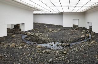 olafur-eliasson-riverbed-louisiana-museum-designboom-01-