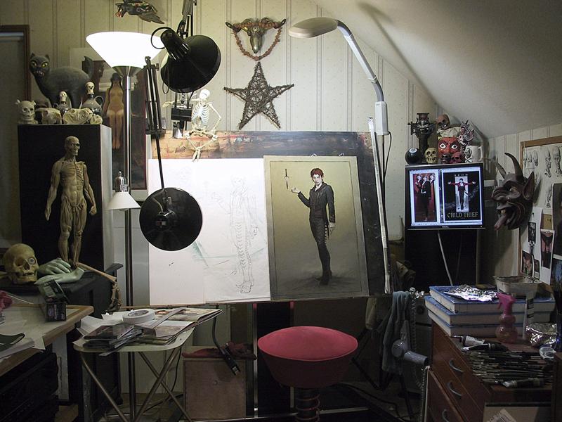 Brom Art Desk