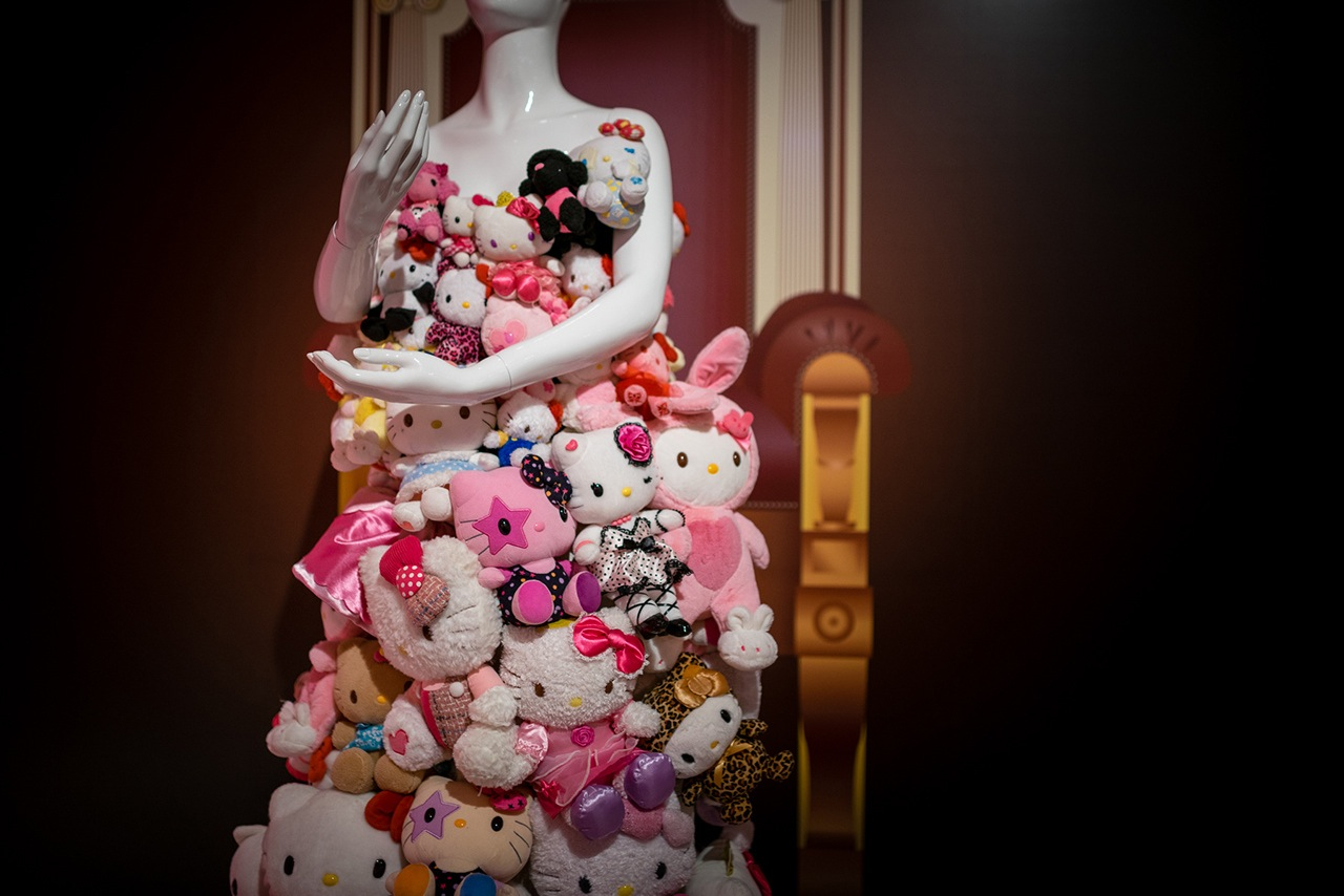 hello-exploring-the-supercute-world-of-hello-kitty-is-the-largest-hello-kitty-retrospective-ever-in-america-1