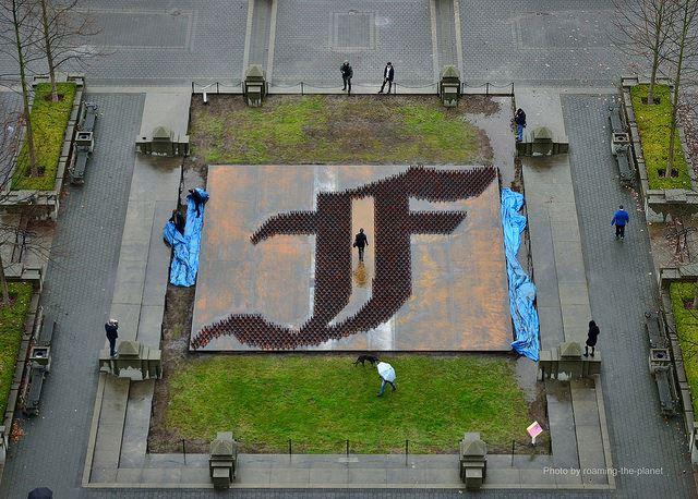 Ai-Weiwei-F-Grass4