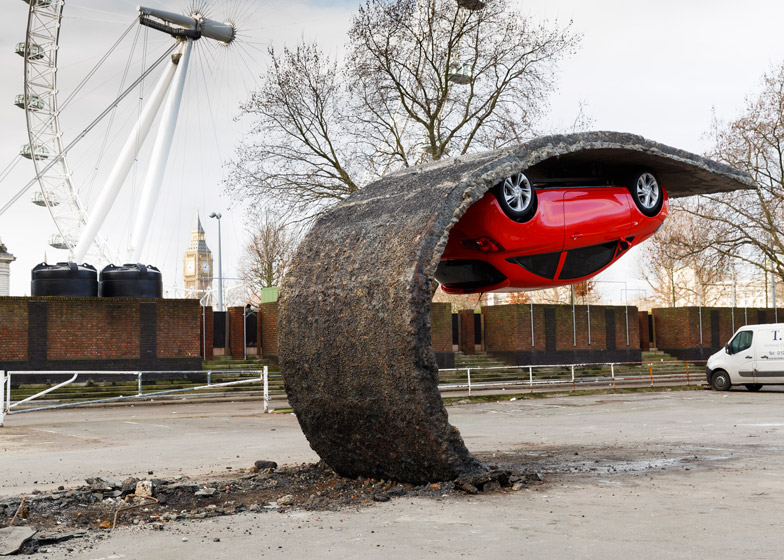 Alex-Chinneck-for-Vauxhall-Motors-Pick-yourself-up-and-pull-yourself_dezeen_784_2