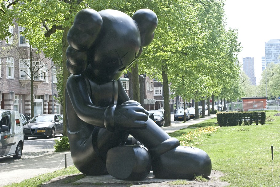 KawsAmsterdam01