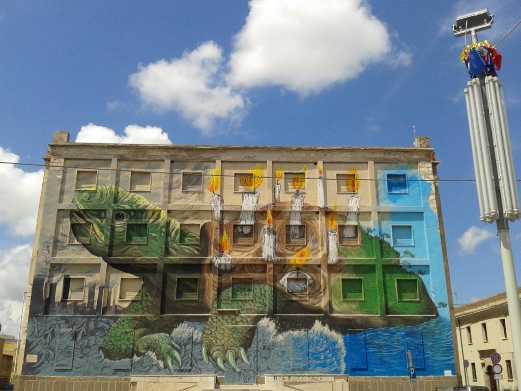 streetartnews_ericailcane_Sassari-4