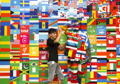 liu-bolin-united-nationals-global-goals-campaign-designboom-05