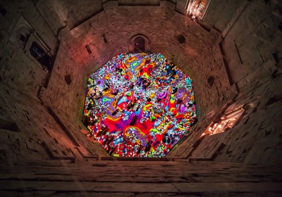miguel-chevalier-magic-carpets-interactive-virtual-reality-installation-castel-del-monte-italy-designboom-03