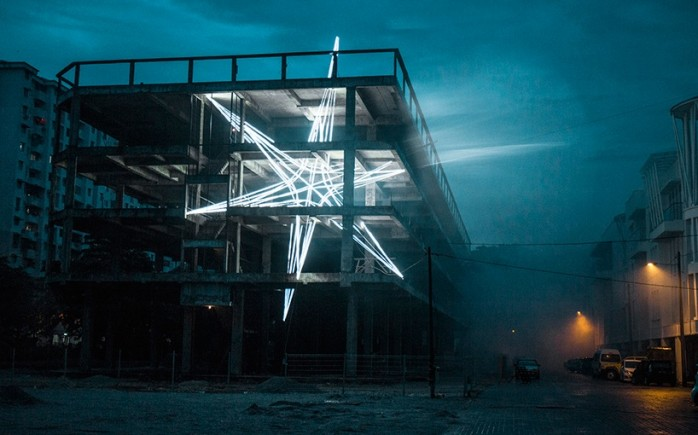 star-jun-ong-penang-malaysia-lighting-installation-designboom-04
