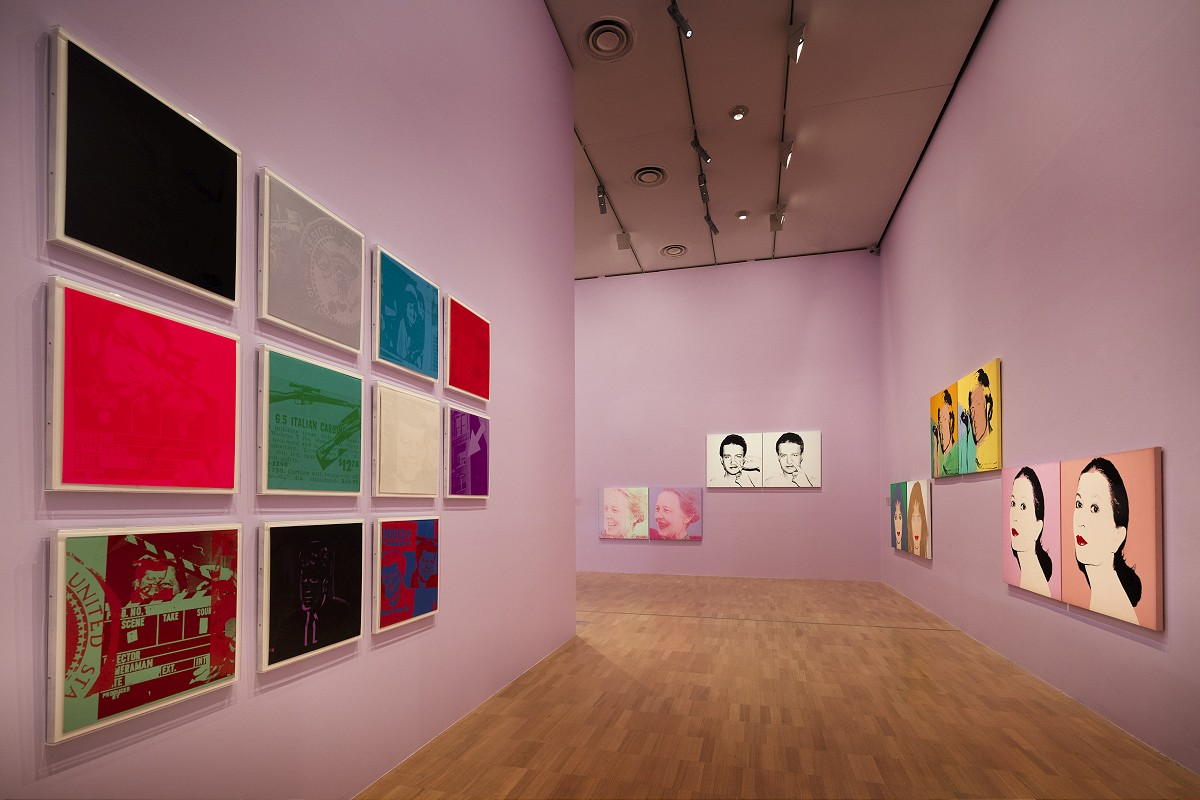 Installation view of the Andy Warhol | Ai Weiwei exhibition at the National Gallery of Victoria, 11 December 2015 –24 April 2016. Andy Warhol artwork © 2015 The Andy Warhol Foundation for the Visual Arts, Inc./ARS, New York. Administered by Viscopy, Sydney; Ai Weiwei artwork © AiWeiwei. Photo: Brooke Holm _BCH9054