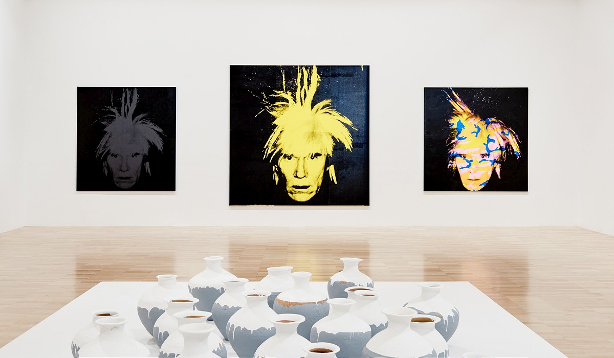 Installation view of the Andy Warhol | Ai Weiwei exhibition at the National Gallery of Victoria, 11 December 2015 –24 April 2016. Andy Warhol artwork © 2015 The Andy Warhol Foundation for the Visual Arts, Inc./ARS, New York. Administered by Viscopy, Sydney; Ai Weiwei artwork © Ai Weiwei. Photo:John Gollings 20151205_JG_1270