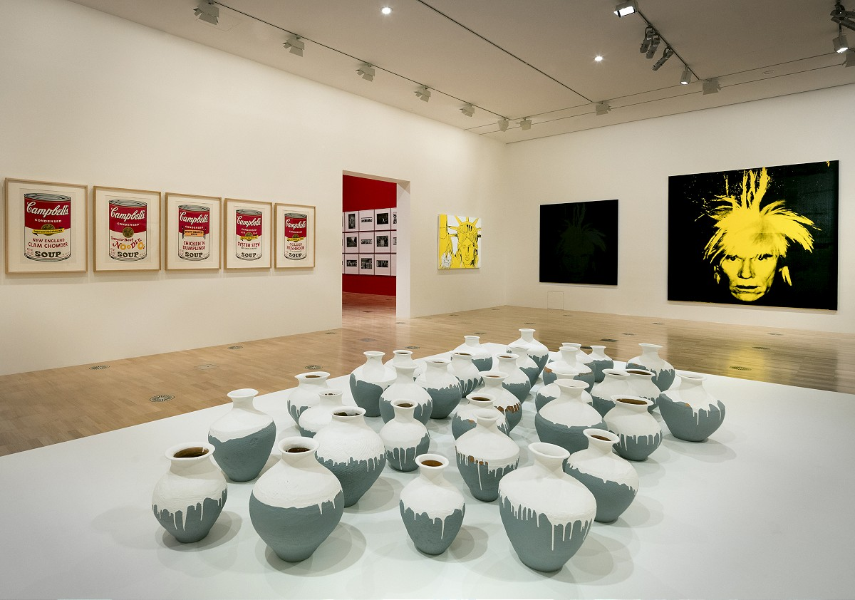 Installation view of the Andy Warhol | Ai Weiwei exhibition at the National Gallery of Victoria, 11 December 2015 –24 April 2016. Andy Warhol artwork © 2015 The Andy Warhol Foundation for the Visual Arts, Inc./ARS, New York. Administered by Viscopy, Sydney; Ai Weiwei artwork © Ai Weiwei. Photo: Brooke Holm  _BCH9056