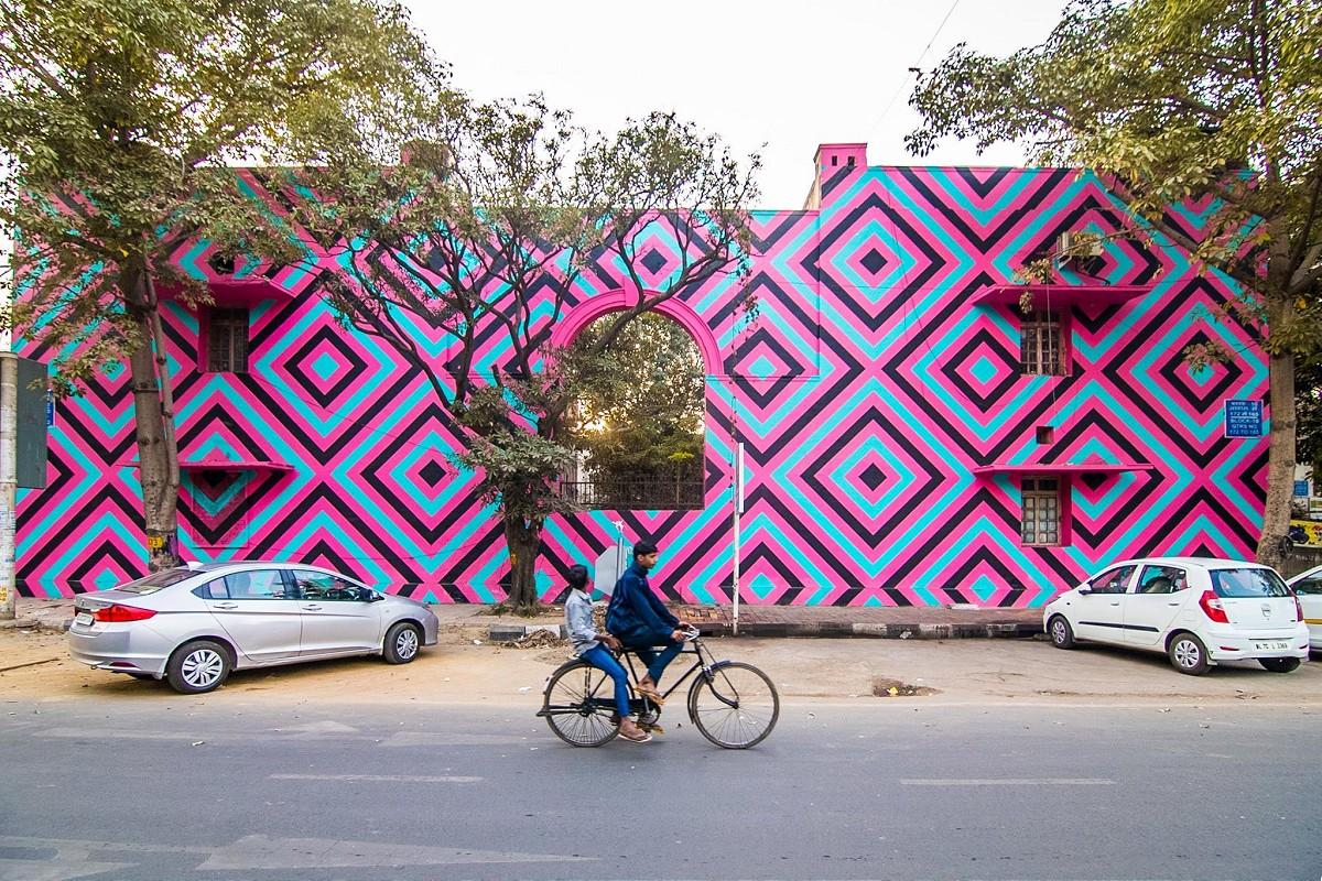 st-art-india01