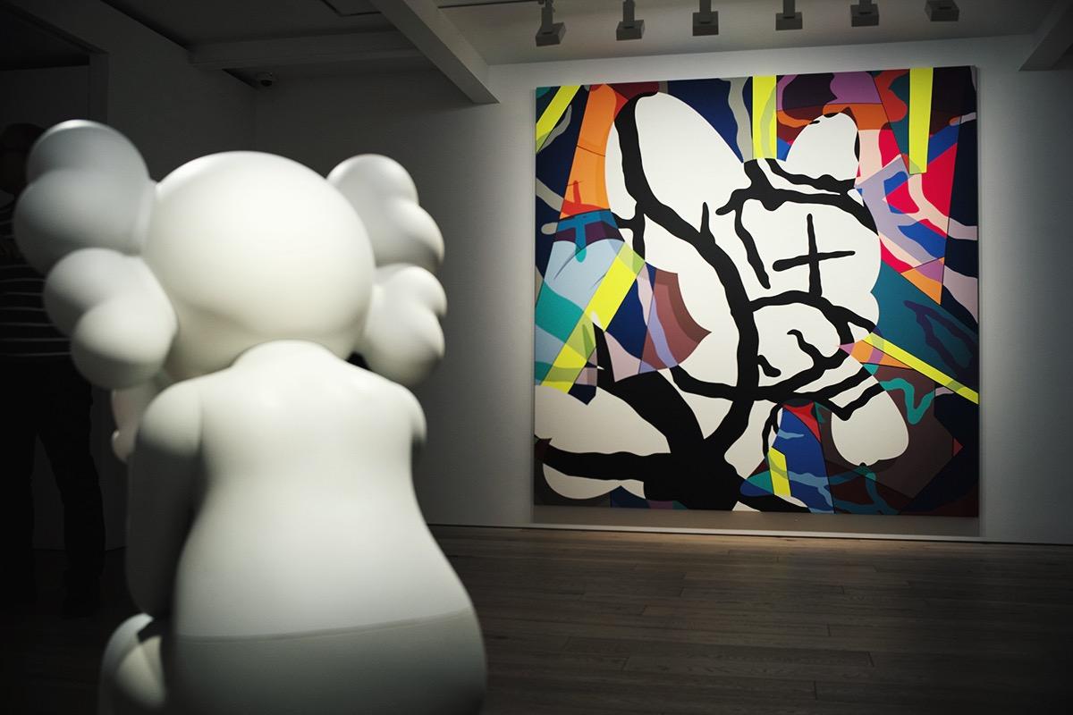 kaws-exhibition-seoul-2