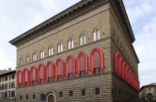 ai-weiwei-palazzo-strozzi-florence-libero-reframe-rubber-boats-designboom-06