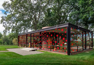 yayoi-kusama-dots-obsession-the-glass-house-designboom-05-1